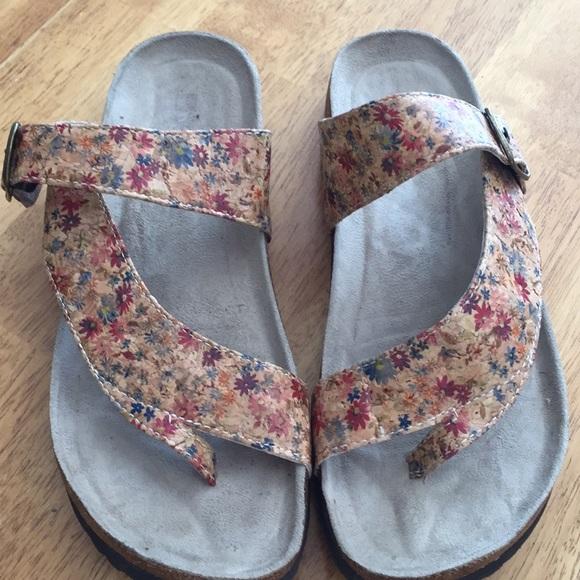 bd42288a2a24 White Mountain Shoes - White Mountain CARLY Sandal -Size 10M